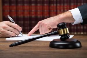 Droit des Contrats et de la Responsabilité Civile